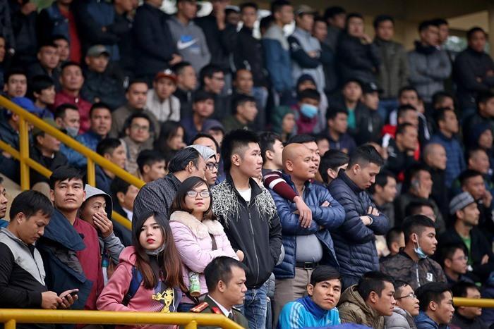Màn kết nghẹt thở, khán giả 'khủng' của giải 'phủi' lớn nhất Hà Nội