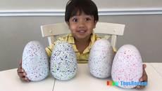 'Nghề độc' giúp bé 6 tuổi kiếm hàng trăm tỷ
