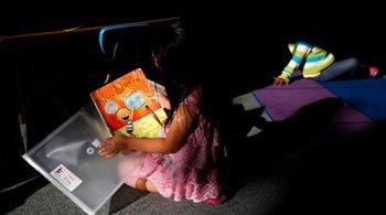 Bang California bị kiện vì học sinh tiểu học không đọc thông viết thạo