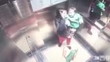 Mẹ vừa ra khỏi cầu thang máy, con đã bị bảo mẫu đánh