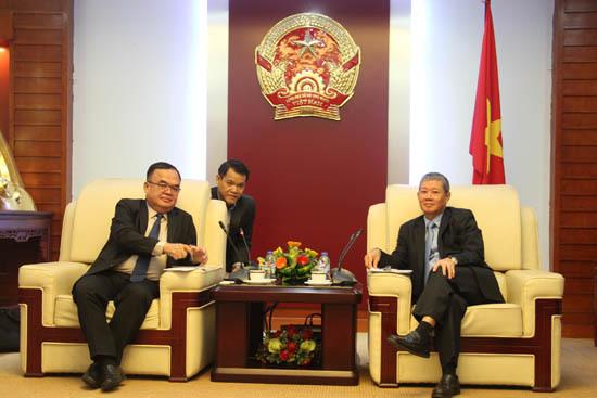 Thứ trưởng Nguyễn Thành Hưng tiếp Thứ trưởng Bộ Bưu chính Viễn thông Lào