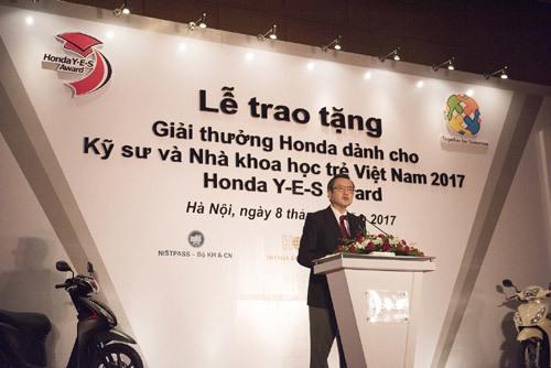10 sinh viên Việt nhận học bổng 30.000 USD