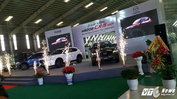 Toyota Fortuner 'bay' khỏi top 10 mẫu xe bán chạy nhất Việt Nam