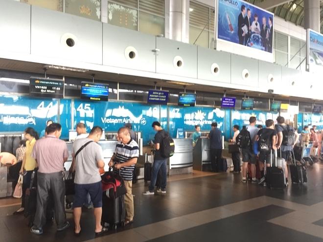 Ai làm lộ thông tin của hành khách đi máy bay?
