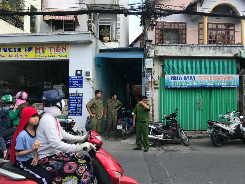 Cặp vợ chồng và con tử vong trong nhà ở Sài Gòn
