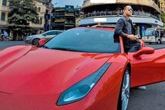 Tuấn Hưng khoe siêu xe 16 tỷ vạn người mê