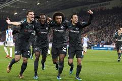 Kép phụ tỏa sáng, Chelsea thắng rửa mặt