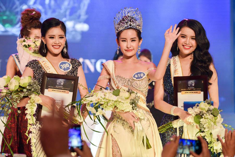 Showbiz Việt: Giá nào cho danh dự?