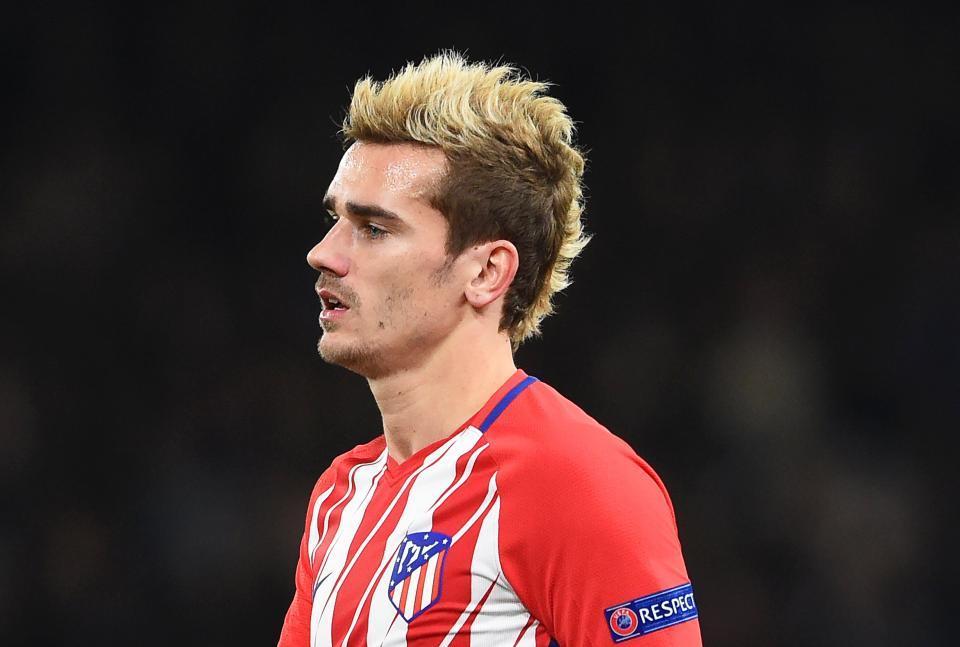 MU bị Barca cướp Griezmann, Alex Sandro 'bồ kết' Conte