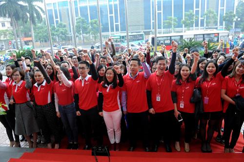 Sôi động lễ ra quân chương trình Mega tết cùng Maritime Bank
