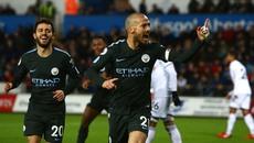 Thiết lập kỷ lục vĩ đại, Man City vô địch lượt đi