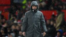 """MU thắng """"rùa"""": Mourinho đang rất giống Van Gaal"""