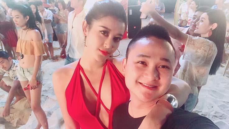 Á hậu Huyền My 'đốt mắt' fan nam bằng bikini rực đỏ tại bãi biển