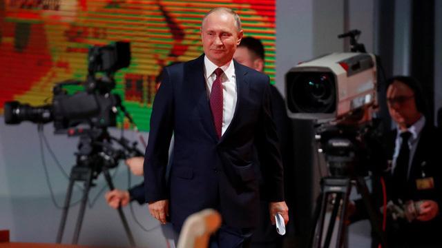 Putin tiết lộ lý do ra tranh cử năm sau