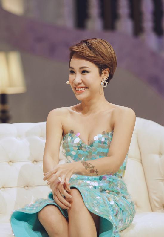 Uyên Linh chưa nghĩ đến chuyện kết hôn và làm mẹ