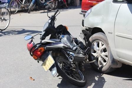 tư vấn pháp luật,luật giao thông đường bộ,bồi thường thiệt hại,va chạm giao thông