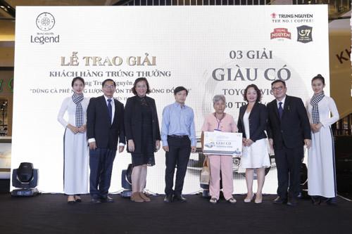 Trung Nguyên, G7 trao giải xe Toyota Vios