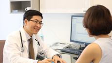 Mổ nội soi ca phình động mạch chủ to hiếm gặp