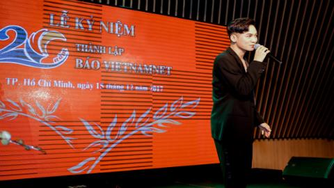 Clip Ali Hoàng Dương hát mừng kỉ niệm 20 năm thành lập báo VietNamNet