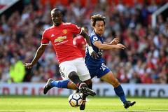 MU gặp họa lớn, Mourinho vò đầu bứt tai