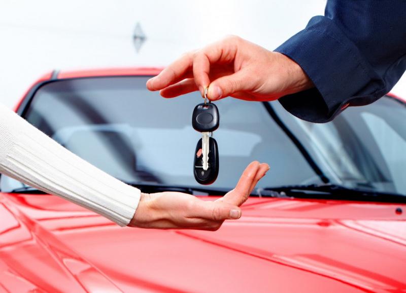 Một số kinh nghiệm khi đi mua ô tô mới