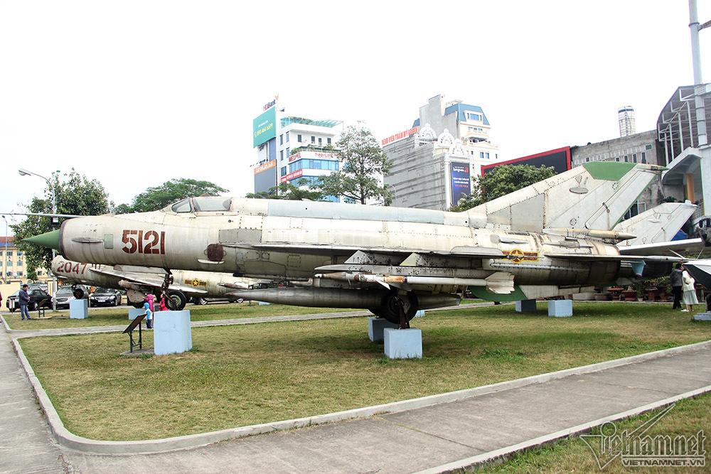 Điện Biên Phủ trên không,Máy bay MIG 21,Không quân,Phi công