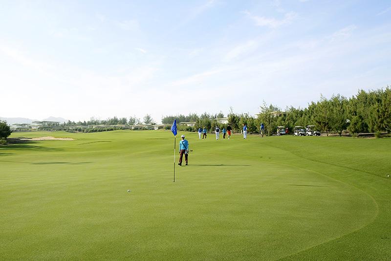 1.000 golfer tranh tài tại giải đấu có tiền thưởng 100 tỷ đồng