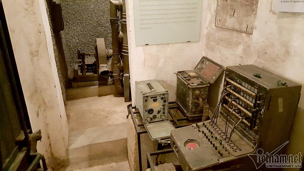 Điện Biên phủ trên không,Hoàng thành Thăng Long,hầm chống bom nguyên tử,Hà Nội