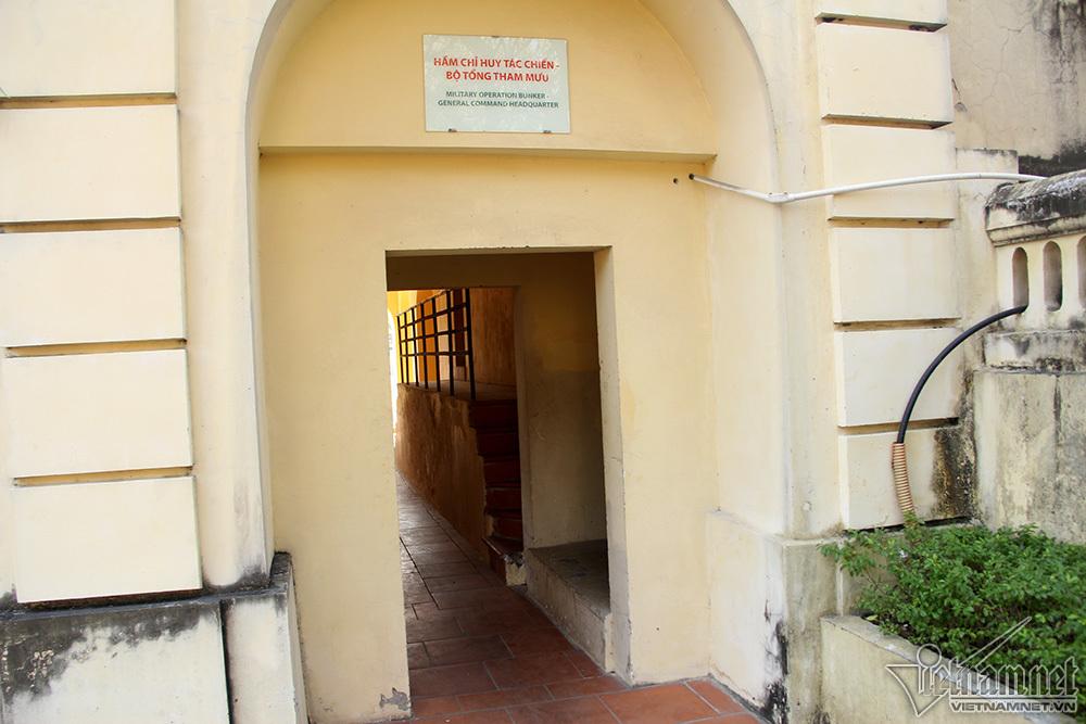 Bên trong hầm chống bom nguyên tử ở Hoàng thành Thăng Long
