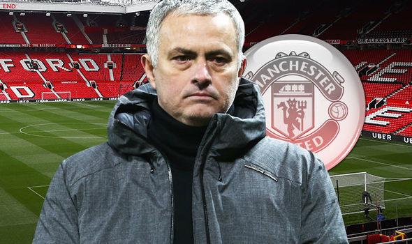 FA lo Mourinho phá hoại, MU âm mưu 'lật kèo'
