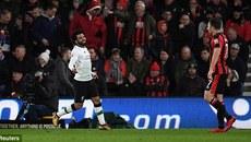 Hàng công bùng nổ, Liverpool đi vào lịch sử Ngoại hạng Anh