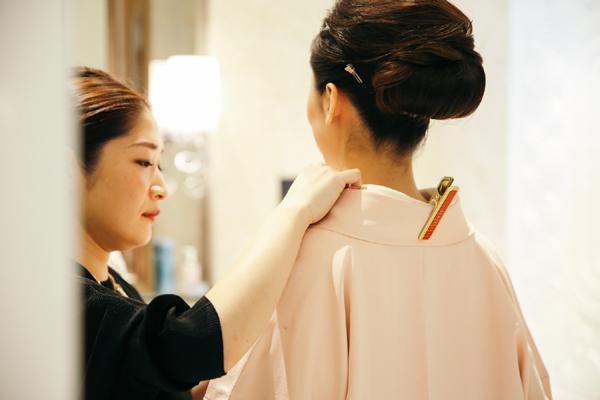 Hình ảnh hiếm thấy của Hoa hậu hoàn vũ 2007 tại Việt Nam