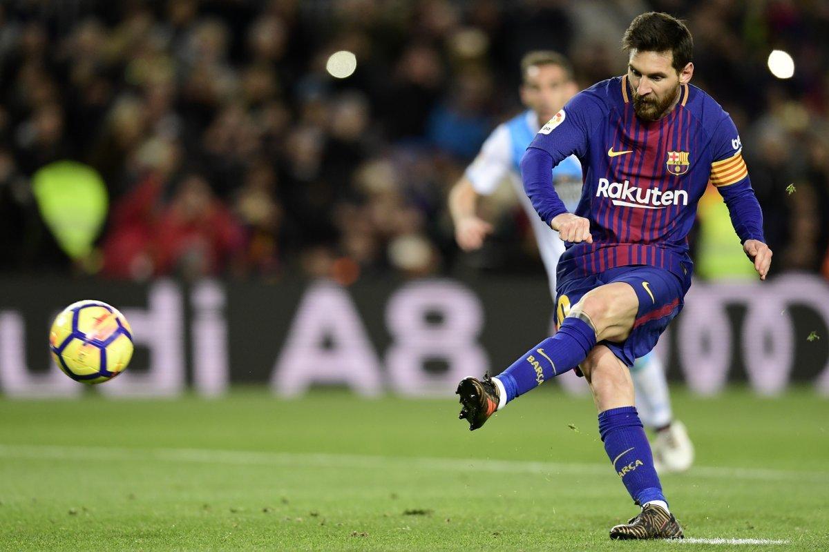 Messi lập 'hat-trick' cột dọc, Barca vẫn thắng tưng bừng