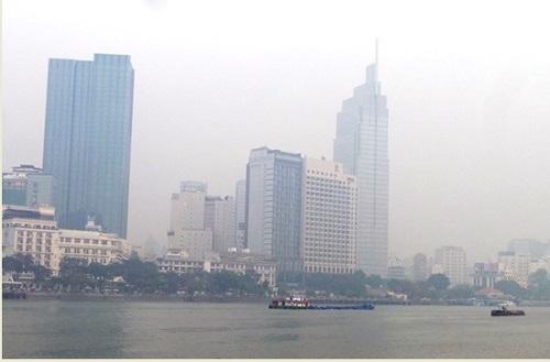 Sài Gòn xuống 20 độ C, se lạnh như đầu đông Hà Nội