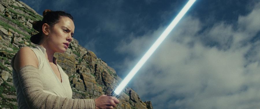 Bom tấn 'Star Wars' đạt doanh thu không thể tin nổi sau 3 ngày