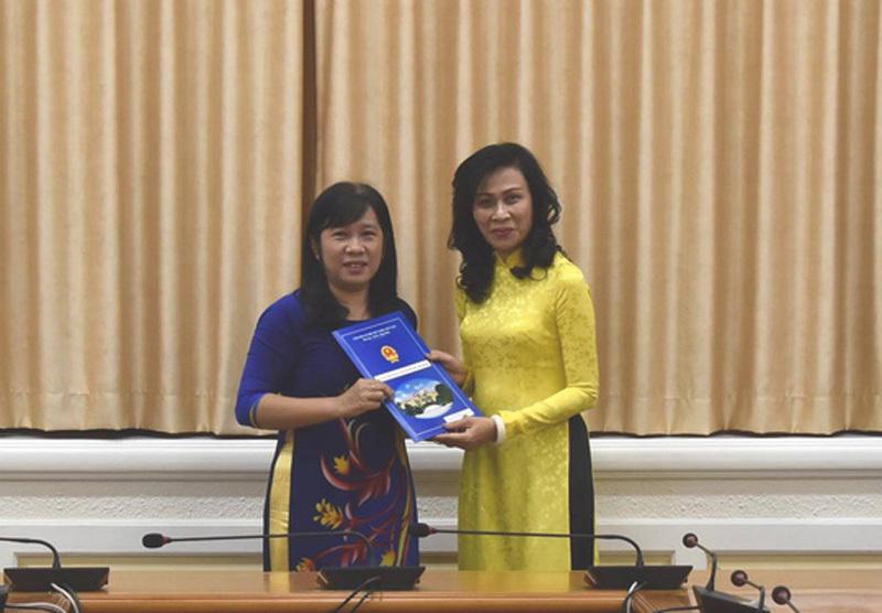 Bổ nhiệm nhân sự Hà Nội, TP Hồ Chí Minh