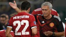 MU bán Mkhitaryan 30 triệu bảng, Messi đón Coutinho đến Barca