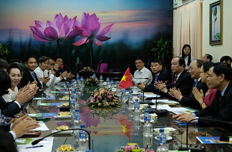 Thủ tướng tiếp các DN dự xúc tiến đầu tư tỉnh Đồng Tháp
