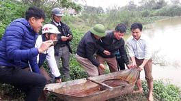 Con cá chình dài 1,2 mét giá 5 triệu: Mua rồi phóng sinh