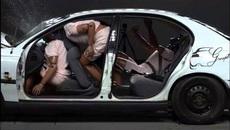 Từ 1/1/2018 xử phạt người ngồi sau trên ô tô không thắt dây an toàn