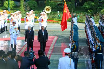 Hình ảnh lễ đón Tổng bí thư, Chủ tịch nước Lào