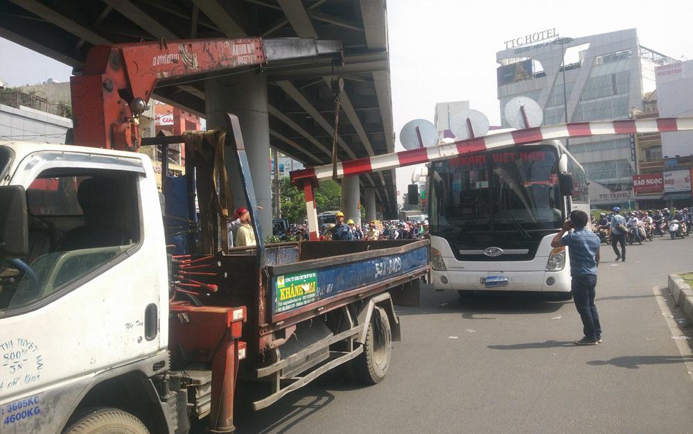 tai nạn,kẹt xe,Tân Sơn Nhất