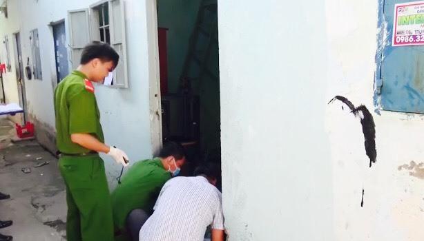 Vụ chặt đầu ở Bình Dương: Vết máu khô 'lật mặt' nghi can sát hại chồng