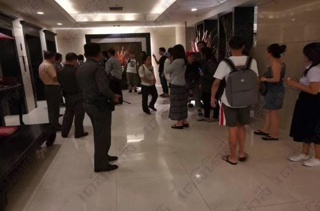 Những hành động xấu hổ của du khách Trung Quốc 2017