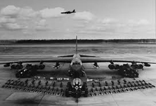 máy bay B52,Điện Biên Phủ trên không