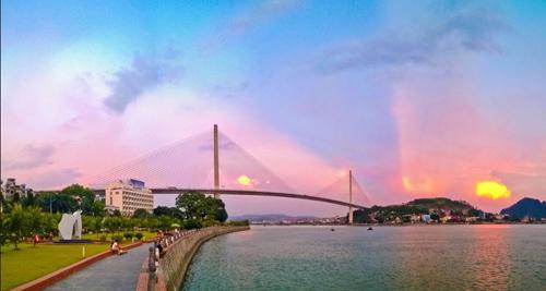 Phát triển du lịch Quảng Ninh bền vững và hội nhập