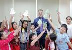 Giáng sinh rộn rã khắp Anh văn Hội Việt Mỹ VUS