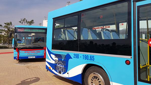 Hà Nội mở 2 tuyến buýt mới đến khu công nghệ cao Hòa Lạc