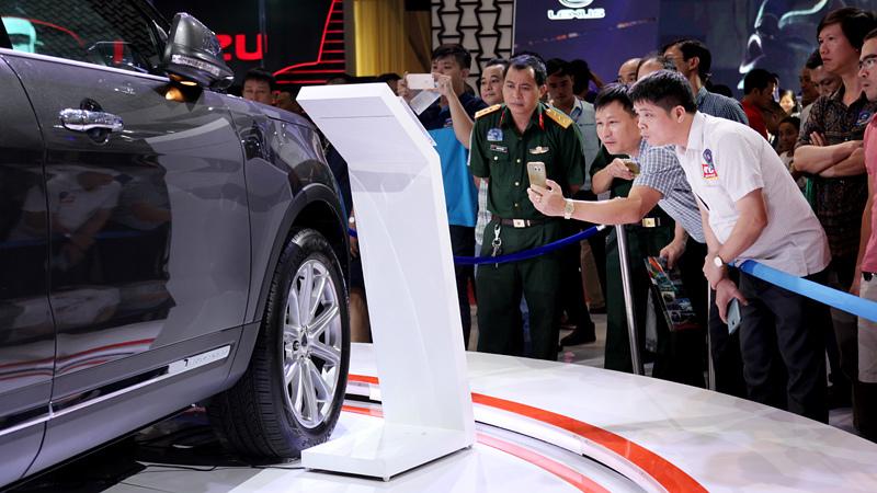 Ô tô nhập khẩu,nhập khẩu ô tô,Nghị định 116,thuế nhập khẩu ô tô,thị trường xe cũ,ô tô tăng giá,mua ô tô chơi Tết,Toyota Fortuner