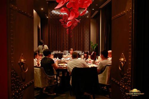 Tiệc Giáng sinh hấp dẫn ở nhà hàng Hải Cảng Đà Nẵng